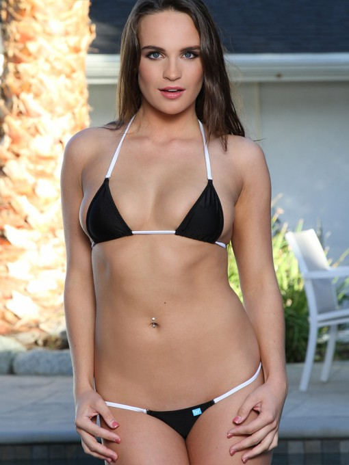 Black/White Micro Bikini